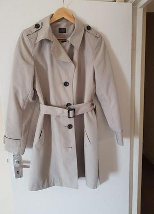 M&s trench