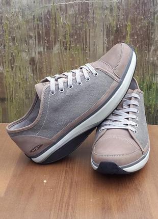 Кожаные кроссовки ботинки mbt 43 р. оригинал