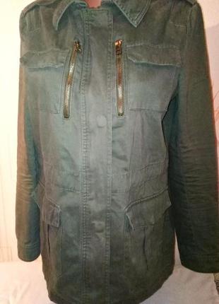 Легкая куртка парка stradivarius