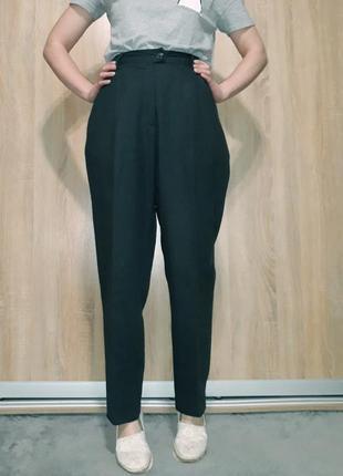 Свободные шерстяные брюки ровного кроя на высокой посадке темно серого цвета  rosner