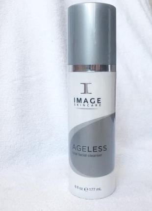 Очищающий гель. image skincare комплексного действия