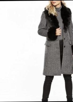 Пальто нове 53% шерсті