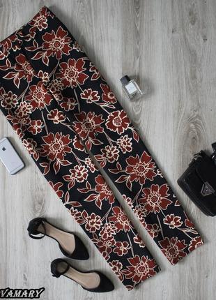 Шикарные брюки zara в цветочный принт