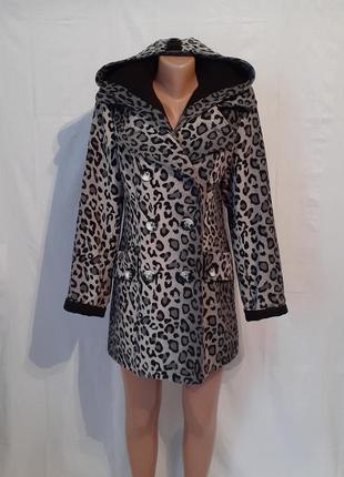 Демисезонное пальто с капюшоном разм с