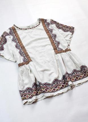 Гарна добротна блуза з вишивкою, вишиванка
