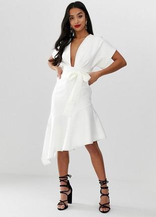 Платье миди асос asos белое кремовое
