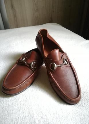 Туфли лоферы с пряжкой gucci. оригинал.