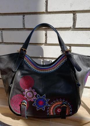 Красива фірмова іспанська сумка desigual!!! оригінал!!!