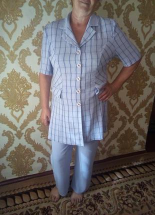 Очень красивый летний легкий костюмчик размер 48-50