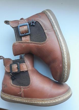 Черевички,ботинки