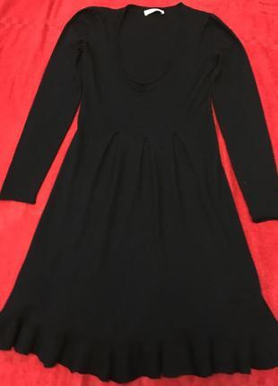 Тёплое шерстяное платье intrend