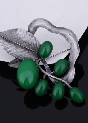 Шикарная брошь гроздья зеленый