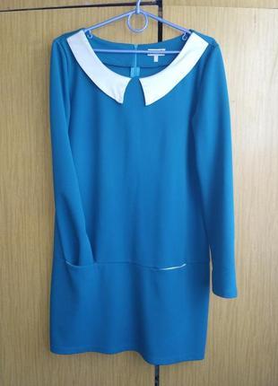 Короткое платье бирюзового цвета с кармашками