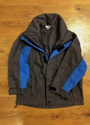Классная куртка ветровка на мальчика рост 104см