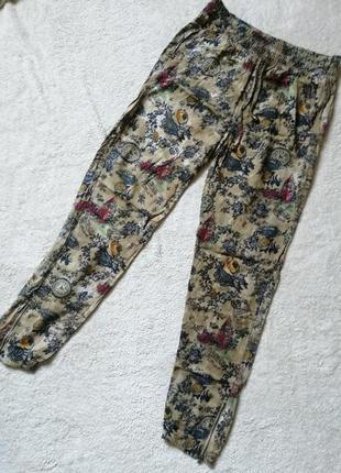 Штаны бананы свободноые брюки