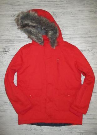 Красная демисезонная курточка фирмы натмег на 9 лет