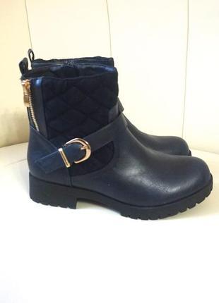 Демисезонные ботинки  темно-синего цвета р.37
