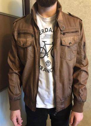 Кожаная мужская куртка colins