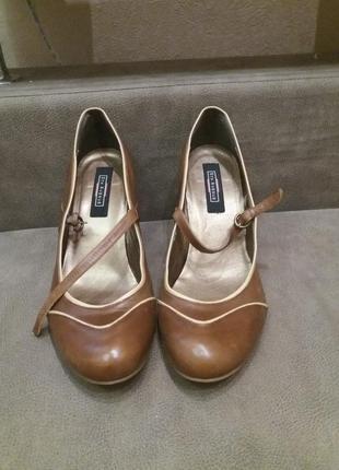 Бомбезные туфли-41 кожа