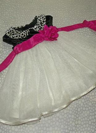 Нарядное пышное платье 1-2 года