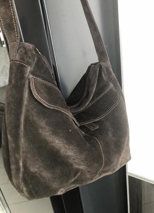 Коричневая замшевая сумочка италия