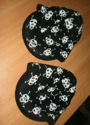 Шикарні тeплі модні шапочки з козирьком. 2 однакові!