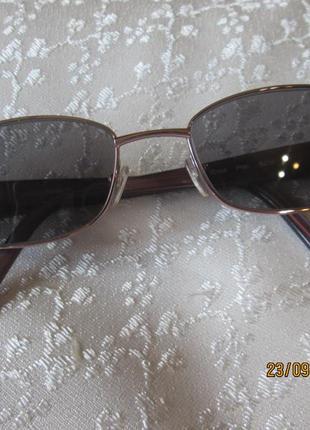 Красивая оправа, очки от joan collins