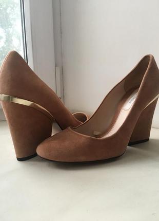 Туфли натуральная замша uterque (испания) 38р
