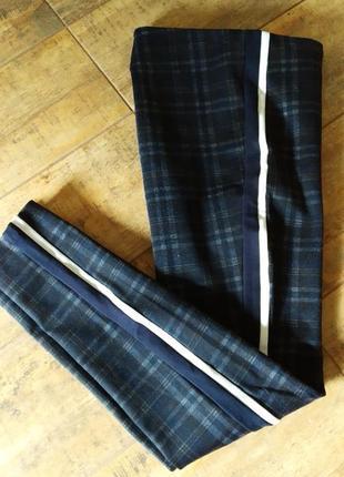 Теплые брюки женские в клетку с лампасами по бокам с высокой посадкой зара