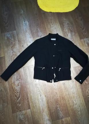 Фирменная куртка geox, состояние новой