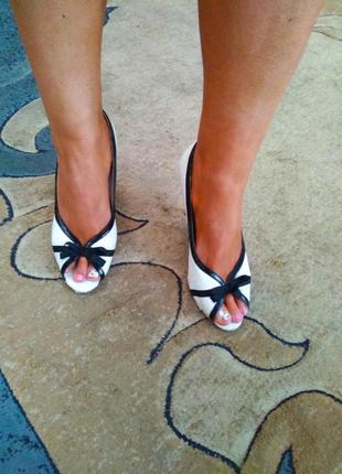 Стильные лёгкие брендовые туфли golderr, размер 41