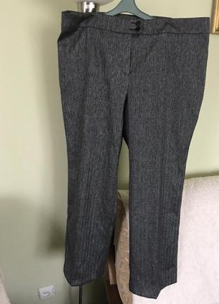 Очень красивые классические брюки под твид на полных женщин.