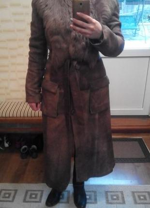 Кожаное зимнее пальто с меховым воротником тосканы