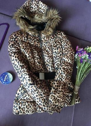 Трендовая, очень красивая и  теплая куртка h&m в идеале
