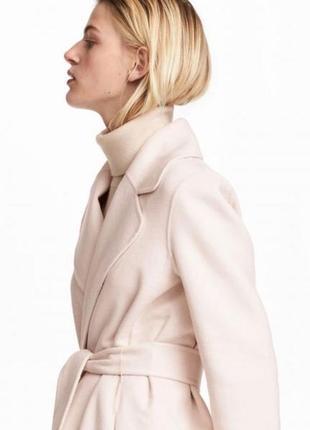 Стильное пальто-халат нюдового цвета от h&m (50% шерсть)