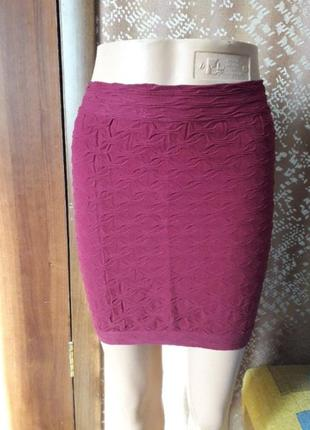 Стрейчивая юбка резинка шикарного цвета