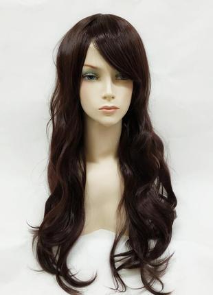 Парик волнистый темно-коричневый с косой челкой 70см 3585