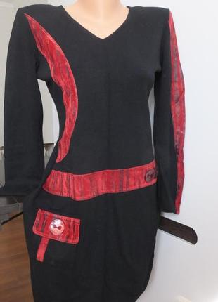 Красивое шерстяное элегантное трикотажное теплое молодежное платье
