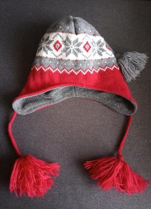 Шапка в скандинавском стиле . шапка с завязками и ушками . крутая шапка