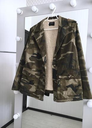 Камуфляжная куртка на меху