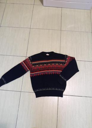 Симпатичный свитер