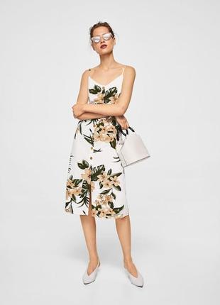 Платье сарафан из смесового льна на пуговицах в цветочный принт длины миди от mango