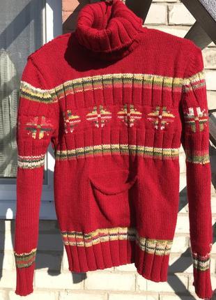 Очень теплый свитер с карманом/50% шерсть
