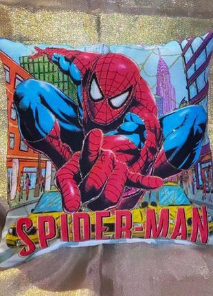 Декоративная детская подушка человек паук