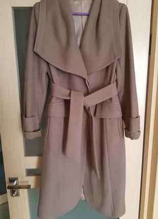 Красивое кашемировое пальто