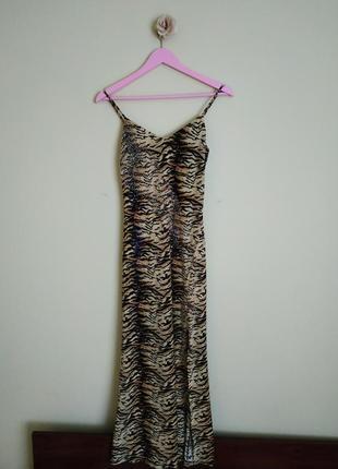 Шикарное платье нарядное вечернее выпускное длинное принт с салона