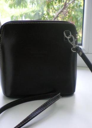 Кожанная сумочка vera pelle