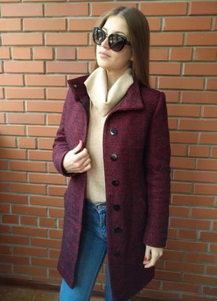 Осенее-зимнее пальто  бордо
