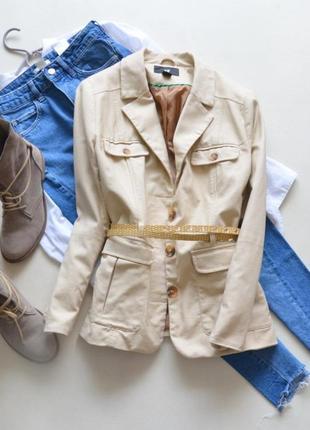 Стильный котоновый пиджак hm с поясом