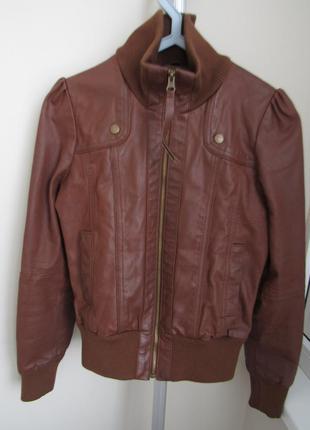 Женская кожаная куртка oli p.36